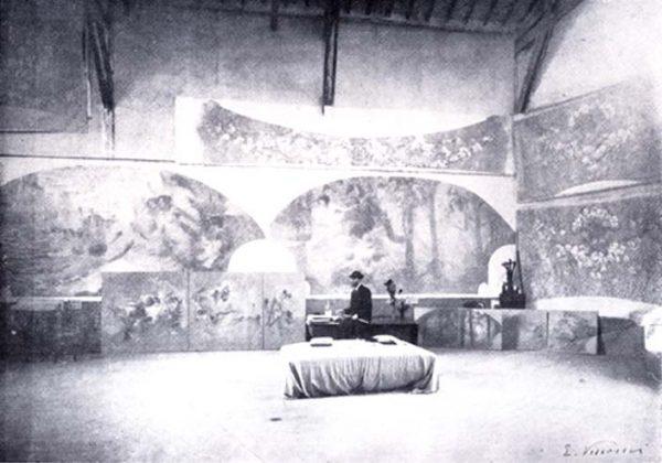 Visconti em seu atelier com o foyer - Paris - 1915