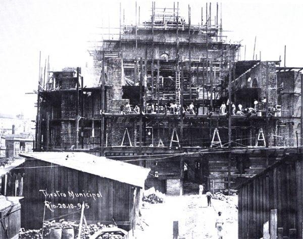 Theatro Municipal em obras - 1905