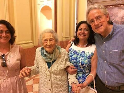 D. Lygia Martins Costa, curadora da retrospectiva de Visconti de 1949, no MNBA, também é homenageada