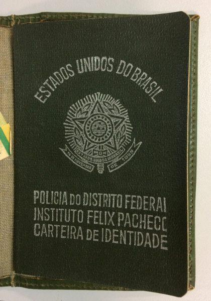 IDENTIDADE DE VISCONTI - CAPA