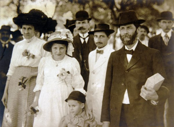 Visconti com a família em 1913